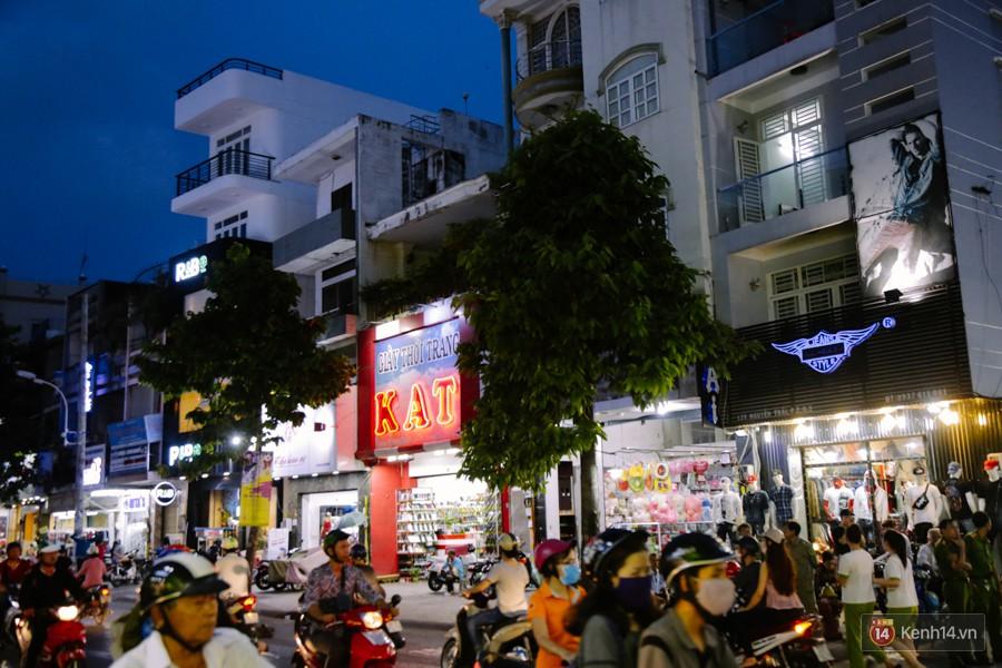Đường Nguyễn Trãi chính thức được hợp pháp hóa thành Phố thời trang đầu tiên ở Sài Gòn-5