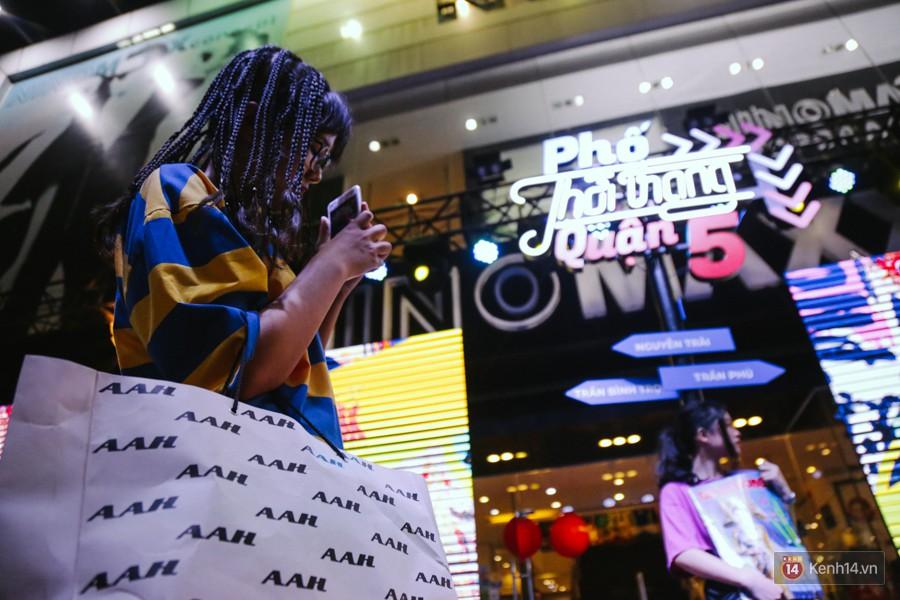 Đường Nguyễn Trãi chính thức được hợp pháp hóa thành Phố thời trang đầu tiên ở Sài Gòn-18