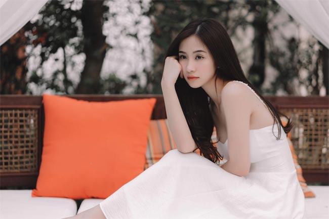 Hiếm ai như hot girl trà sữa Việt, sửa ngực xong gợi cảm mà vẫn đẹp thanh tao-16