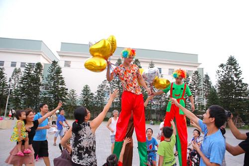 Bùng nổ khuyến mại mừng đại lễ ở Vincom-3