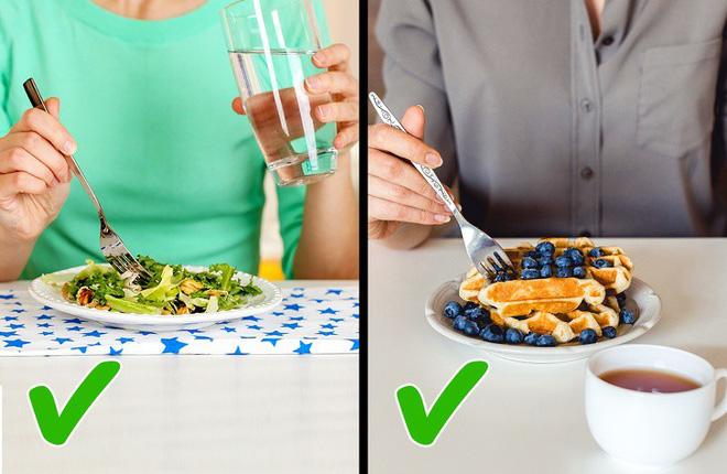 Uống nước trong khi ăn có hại hay không? Câu trả lời khiến nhiều người bất ngờ-4
