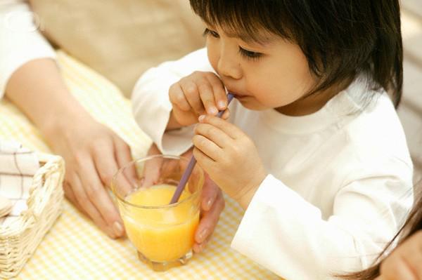 Bệnh tay chân miệng ở trẻ em: 6 việc mẹ cần làm tại nhà để bé nhanh khỏi-2