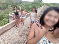 Chỉ vài giây sau khi chụp bức hình selfie trên cầu, tai nạn ập xuống đầu 3 cô gái trẻ