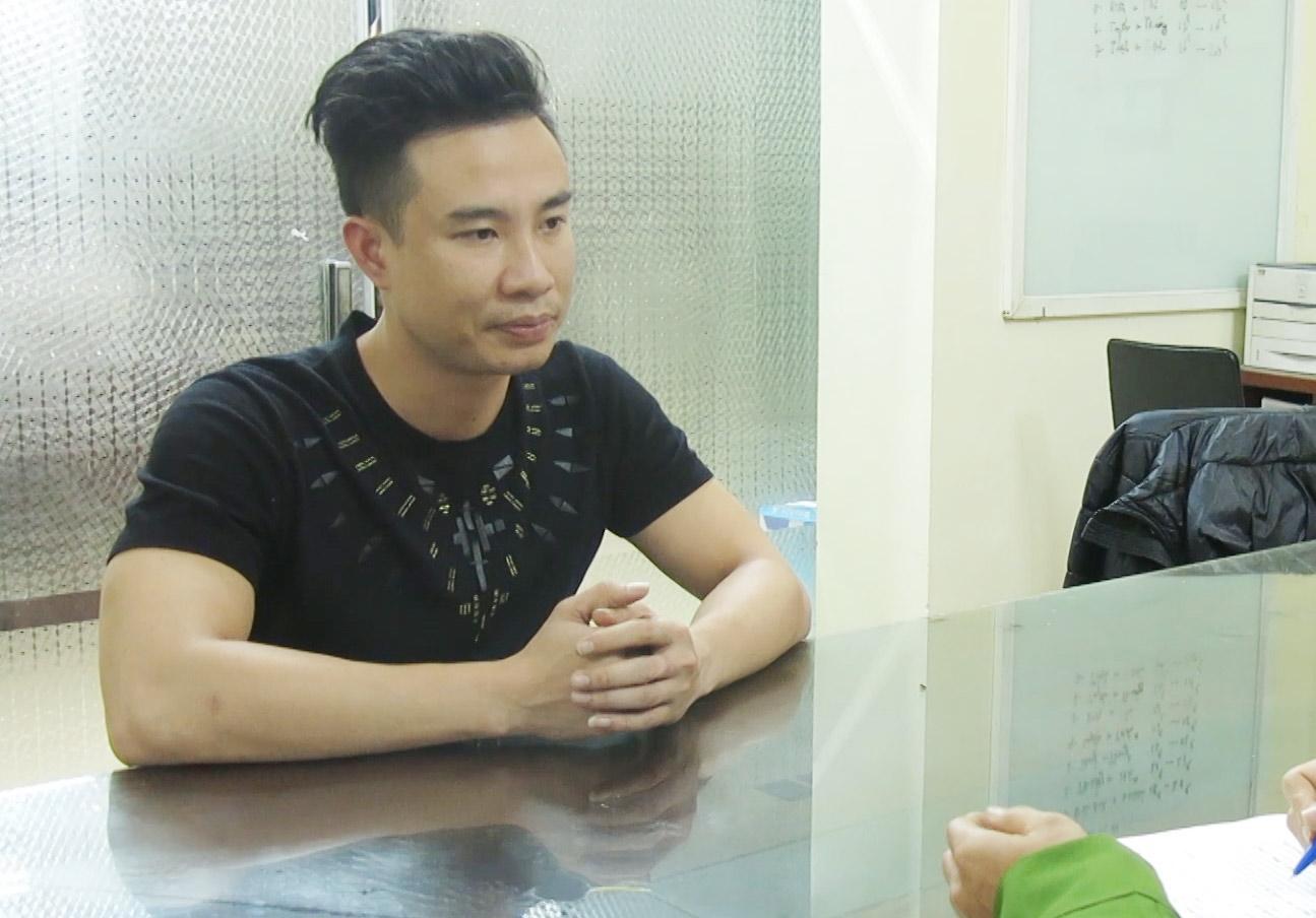 Bí mật chưa từng tiết lộ về nam người mẫu trong đường dây bán dâm Adam Hòa-2