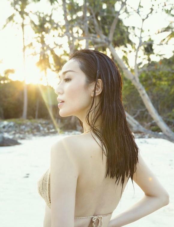 Khánh My gợi cảm khi diện bikini khoe dáng thon trên bãi biển-5