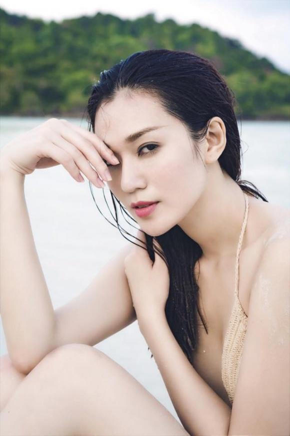 Khánh My gợi cảm khi diện bikini khoe dáng thon trên bãi biển-7