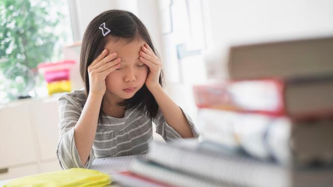 Bằng những cách đơn giản này, bố mẹ sẽ nhanh chóng giúp con hết căng thẳng, lo âu-1