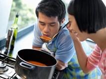 Đàn ông chỉ ăn cơm vợ nấu chẳng phải yêu thương gì, có chăng chỉ là sự ích kỷ