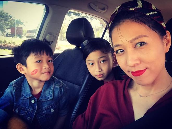 Thùy Trang - người vợ hơn 6 tuổi đang bảo vệ Phạm Anh Khoa trong bão scandal là ai?-10
