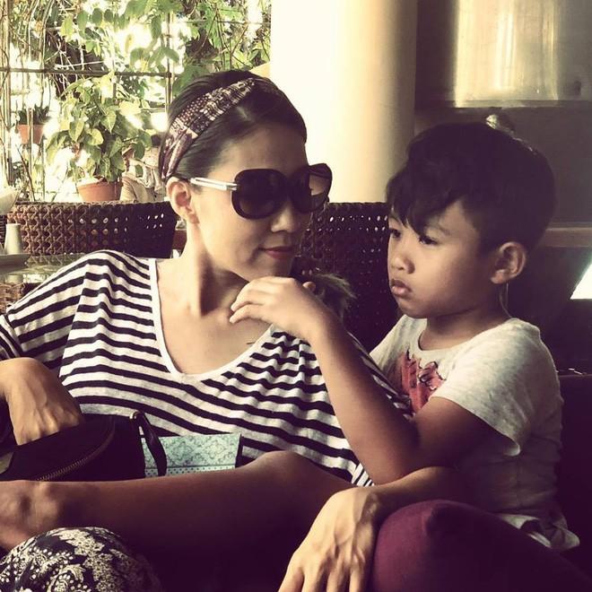 Thùy Trang - người vợ hơn 6 tuổi đang bảo vệ Phạm Anh Khoa trong bão scandal là ai?-12