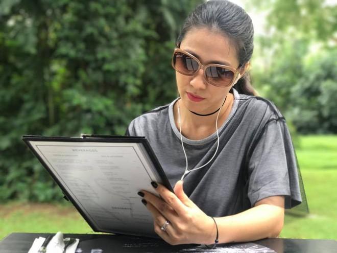 Thùy Trang - người vợ hơn 6 tuổi đang bảo vệ Phạm Anh Khoa trong bão scandal là ai?-20