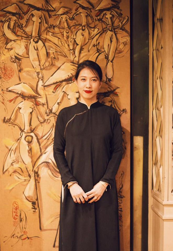 Thùy Trang - người vợ hơn 6 tuổi đang bảo vệ Phạm Anh Khoa trong bão scandal là ai?-21