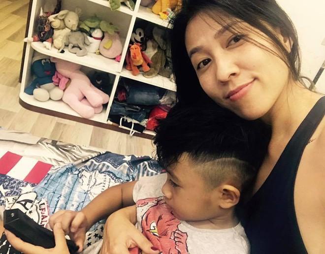 Thùy Trang - người vợ hơn 6 tuổi đang bảo vệ Phạm Anh Khoa trong bão scandal là ai?-22