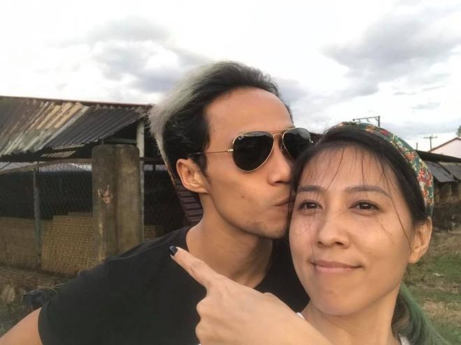 Thùy Trang - người vợ hơn 6 tuổi đang bảo vệ Phạm Anh Khoa trong bão scandal là ai?-5