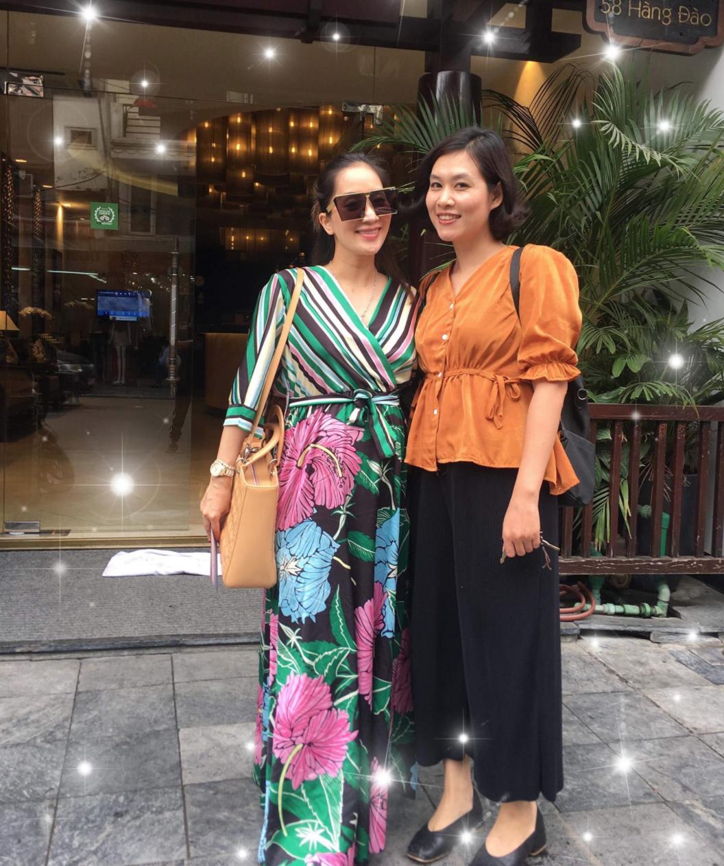 Khánh Thi đứng cạnh cô bạn thân 25 năm Nguyệt thảo mai, ai xinh đẹp hơn?-2