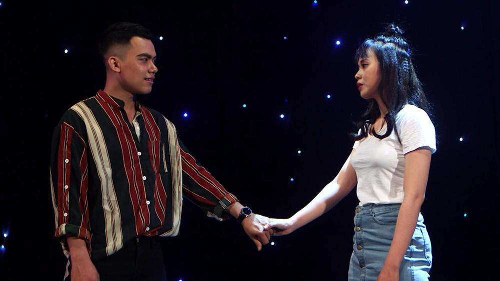 Chuyện hiếm có ở show hẹn hò: Chàng hot boy The Voice bị cả 3 nữ ứng cử viên tẩy chay!-9