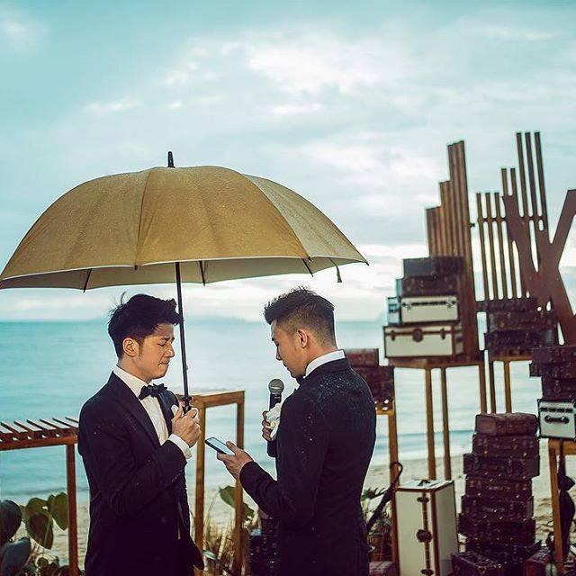 Cặp trai đẹp tung ảnh đám cưới thần sầu hơn cả phim khiến dân mạng lịm tim-5