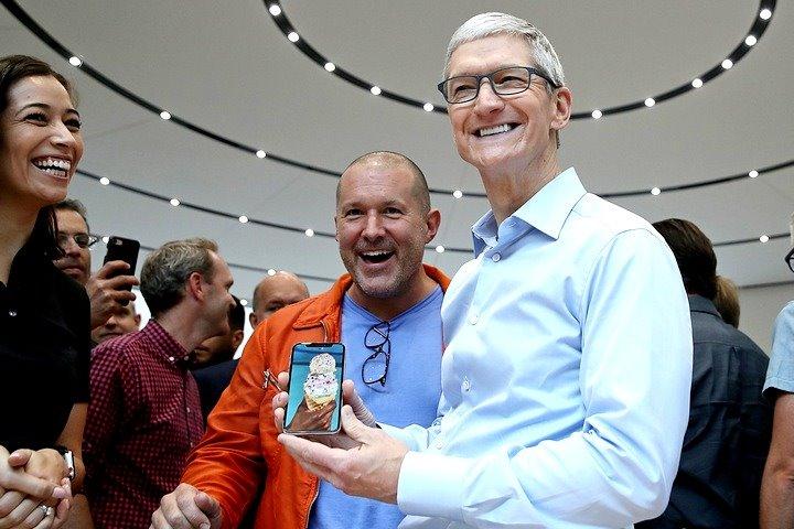CEO Apple Tim Cook phản pháo giới phân tích, khẳng định 99% người dùng hài lòng với iPhone X-1