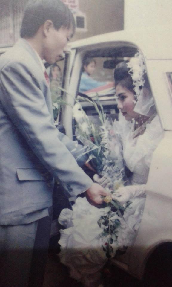 Dân tình lại đồng loạt khoe ảnh cưới của bố mẹ ngày xưa, giản dị mà đầy ắp kỷ niệm-3