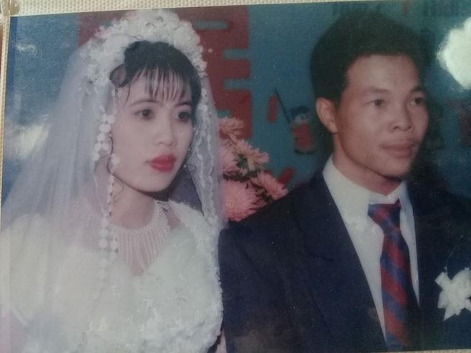 Dân tình lại đồng loạt khoe ảnh cưới của bố mẹ ngày xưa, giản dị mà đầy ắp kỷ niệm-16