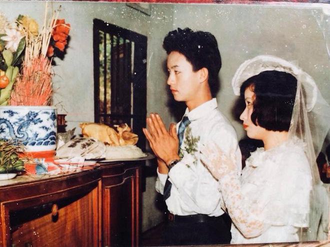 Dân tình lại đồng loạt khoe ảnh cưới của bố mẹ ngày xưa, giản dị mà đầy ắp kỷ niệm-23