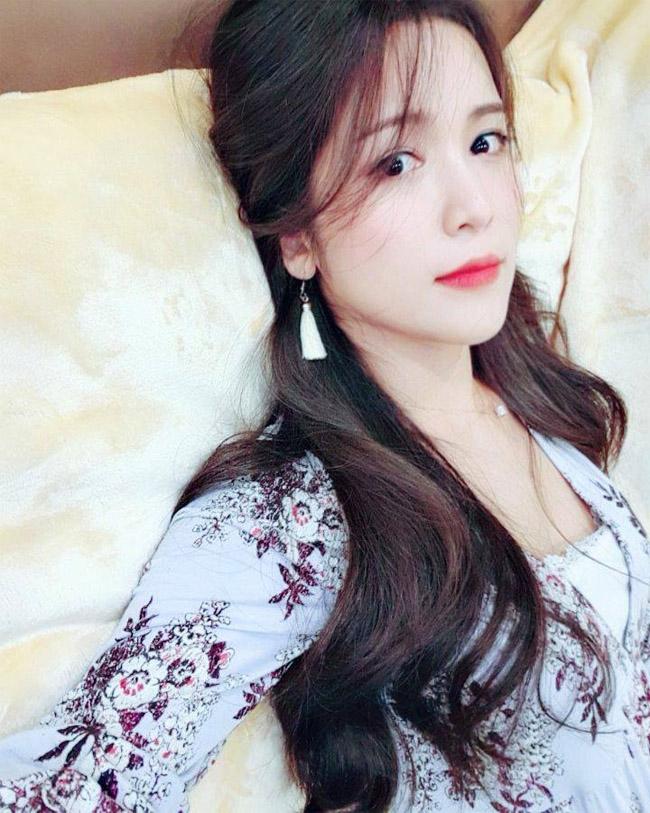 Ngỡ ngàng nhan sắc bạn gái Hàn Quốc của Wanbi Tuấn Anh sau 5 năm-4