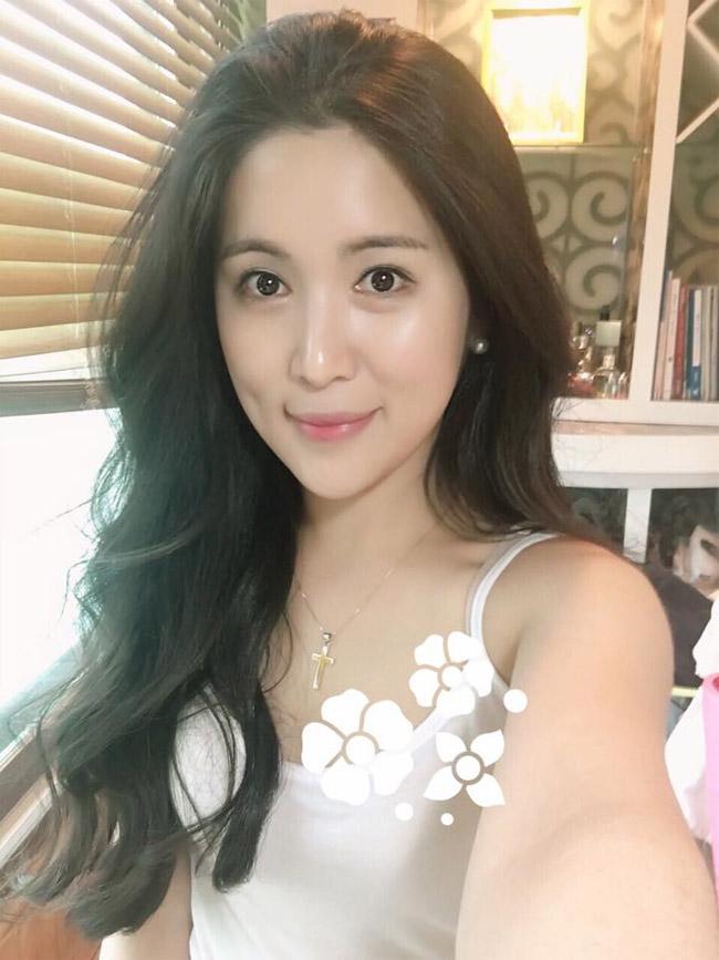 Ngỡ ngàng nhan sắc bạn gái Hàn Quốc của Wanbi Tuấn Anh sau 5 năm-19