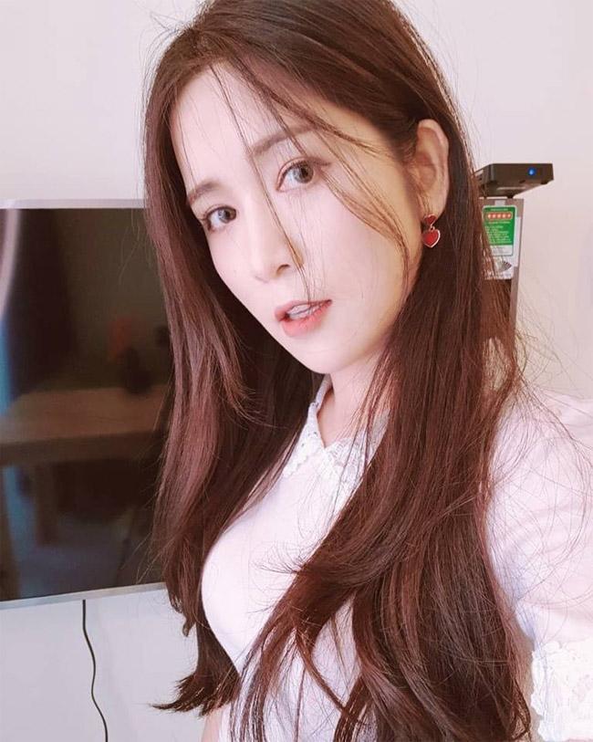 Ngỡ ngàng nhan sắc bạn gái Hàn Quốc của Wanbi Tuấn Anh sau 5 năm-7
