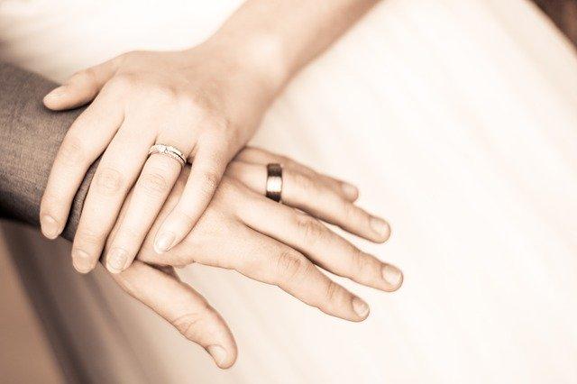 Ly hôn đã 5 năm vì hôn nhân không gối chăn, tôi vẫn không thể quên chồng cũ-1