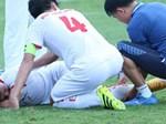 Sốc: Trọng tài bật khóc sau khi chứng kiến thủ môn gãy chân rùng rợn-2