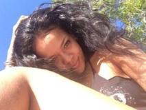 Nhiều cô nàng quyết không cạo lông chân nữa chỉ vì bức ảnh này của Rihanna