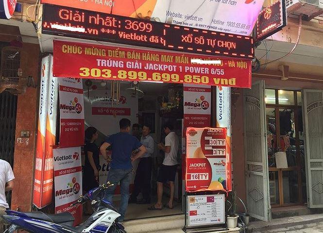 Hé lộ về người trúng giải Vietlott hơn 300 tỷ ở Hà Nội-1