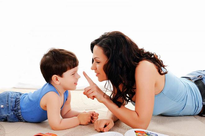 Thử các cách này, các mẹ sẽ bớt cằn nhằn và la mắng con-1