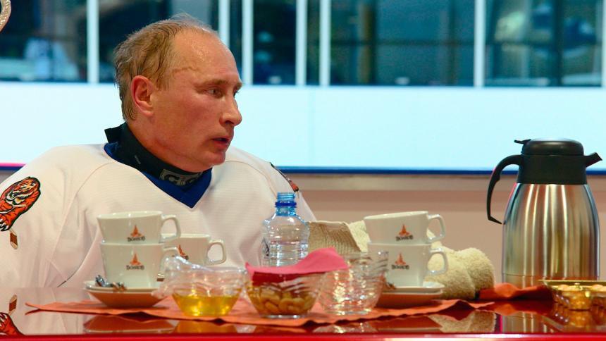 Vladimir Putin: Những khoảnh khắc cô đơn của người đàn ông thép-9