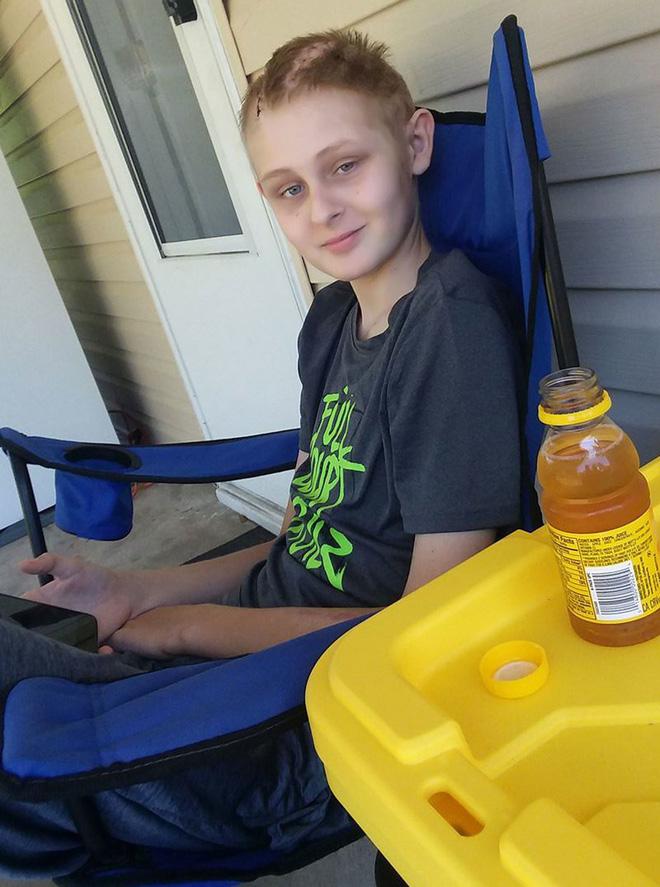 Cậu bé 13 tuổi chết não, không thể qua khỏi bỗng tỉnh dậy sau khi bố mẹ ký vào tờ giấy này-6