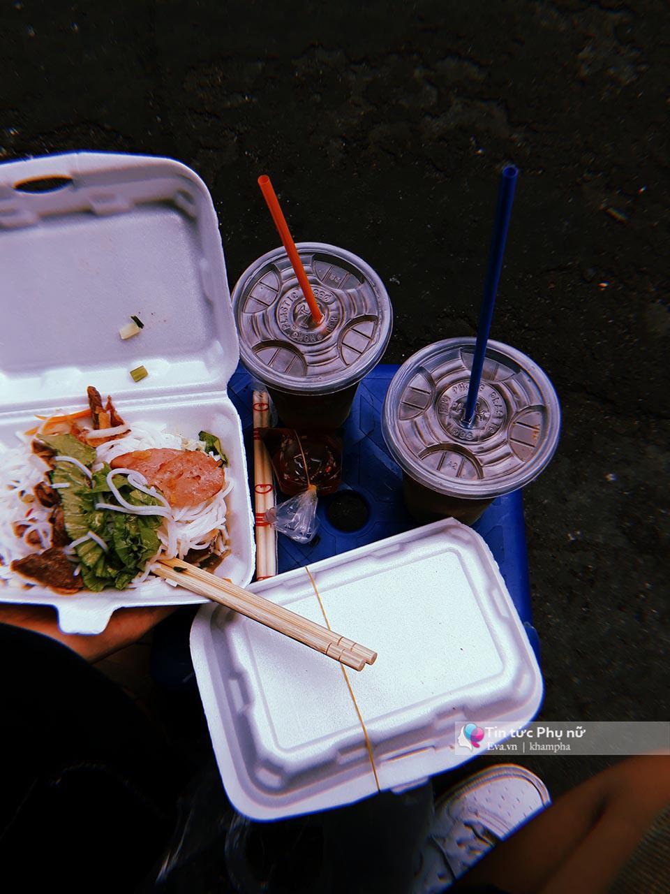 Lạc lối trong 3 con hẻm ăn vặt ngon-bổ-rẻ không thể bỏ lỡ khi du lịch Sài Gòn-12