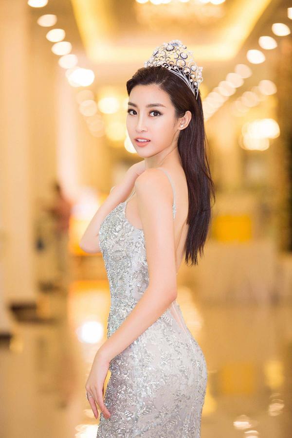 Cuộc chạm trán váy dạ hội mới nhất thuộc về 2 Hoa hậu đình đám, Mỹ Linh và Hương Giang-6