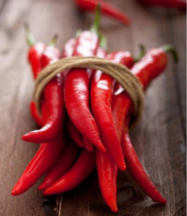Trời nắng nóng khó chịu, tránh xa 5 loại thực phẩm càng ăn càng bốc hỏa-1