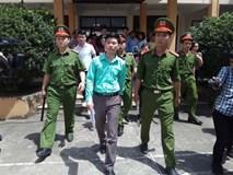 Tâm sự bất ngờ của BS Hoàng Công Lương sau khi tòa hoãn xét xử