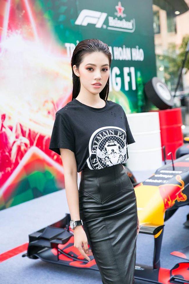 4 người đẹp Việt sở hữu vòng eo 54 - 56 cm thần thánh-9