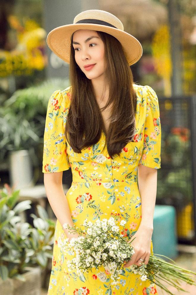 Học sao Việt cách chọn và kết hợp mũ cói sao cho thật duyên dáng khi diện cùng trang phục hè-1