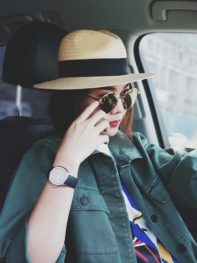 Học sao Việt cách chọn và kết hợp mũ cói sao cho thật duyên dáng khi diện cùng trang phục hè-14