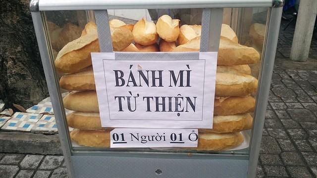 Ấm áp với hộp đựng tiền lẻ Nếu bạn khó khăn hãy lấy 3 tờ ở TP Hồ Chí Minh-4