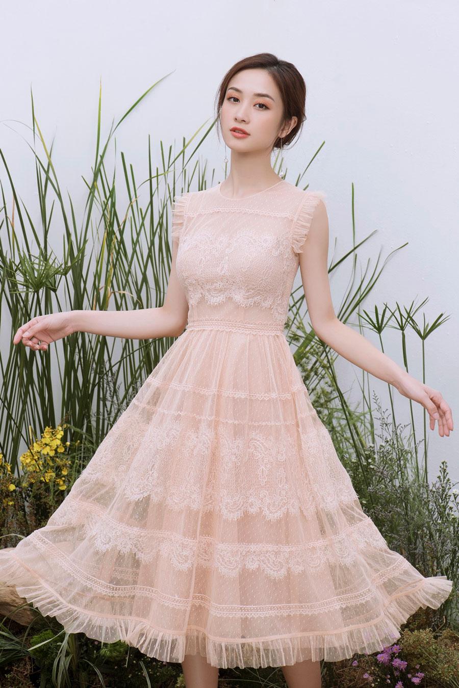 Vẻ đẹp mong manh khó rời mắt của Jun Vũ-1
