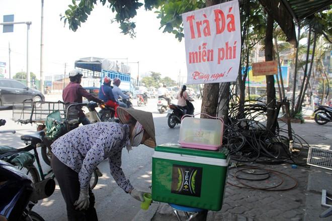 Ấm áp với hộp đựng tiền lẻ Nếu bạn khó khăn hãy lấy 3 tờ ở TP Hồ Chí Minh-7