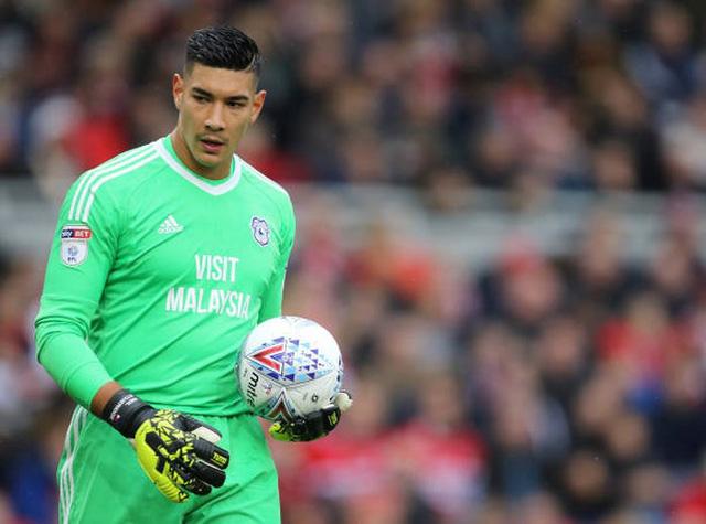 Cầu thủ Đông Nam Á đầu tiên thi đấu ở Premier League-1