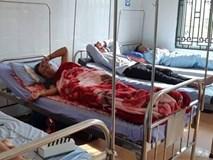 Cô dâu, chú rể nằm trong số 216 người nhập viện sau khi ăn cỗ cưới