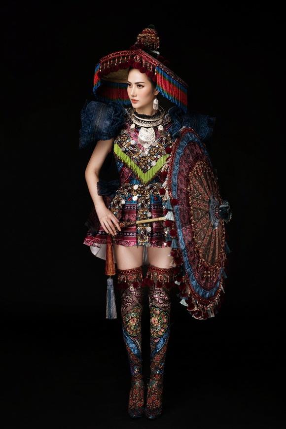 Diệu Linh chọn trang phục H'Mông thể hiện tại Nữ hoàng Du lịch Quốc tế 2018-9
