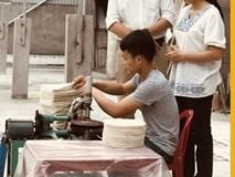 Lấy tiền cưới vợ xây xưởng, 8x trẻ quyết đưa bánh đa nem xuất khẩu