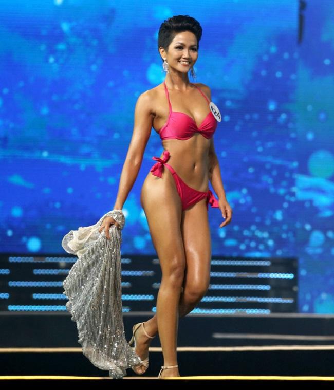 10 thân hình Vệ Nữ chuẩn nhất showbiz Việt-10